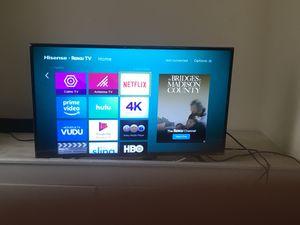 Roku 4k 44in tv for Sale in Grove City, OH