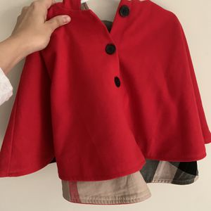 Burberry 2T-4T Cape for Sale in Princeton, NJ