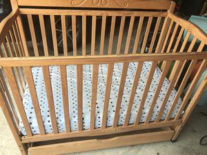 Baby crib for Sale in Joliet, IL
