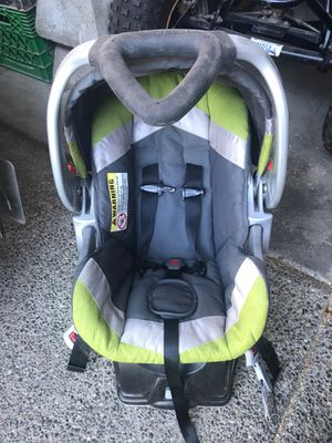 Free baby trend infant car seat for Sale in Lake Stevens, WA