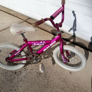 "Girls 16"" Malibu "" Electric Stardom Bike. for Sale in Plymouth, MI"