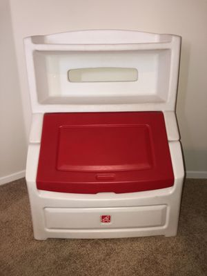 "Gently Used Toy Box. Red & White Step2 Lift & Hide 38"" Bookcase with Kids Storage Bin and Toy Organizer. 38""H x 28.5""W x 21""D. Holds books up to 10"" for Sale in Menifee, CA"