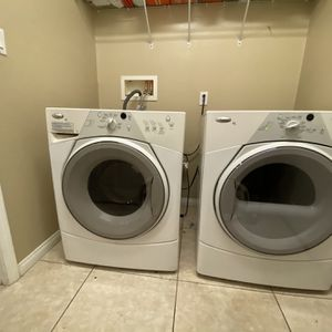 Whirlpool Washer + Dryer Set (washer needs repairs) for Sale in Riverside, CA