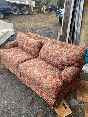 Couch Ethan Allen floral design(originally $3000) for Sale in NJ, US