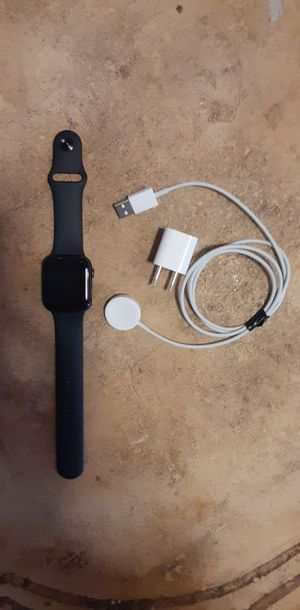 Apple series 5 watch for Sale in Fort Lauderdale, FL