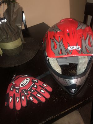 Youth dirt bike helmet and gloves for Sale in Peabody, MA