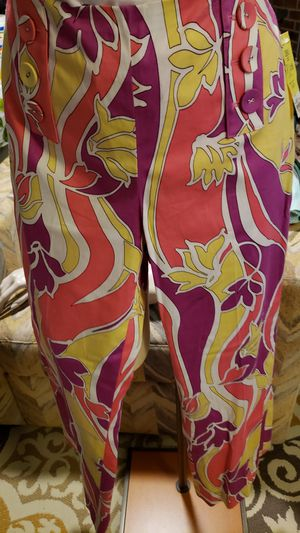 Etcetera pink/yellow/white design capri pant for Sale, used for sale  Clover, SC