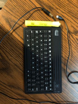 Adesso Bluetooth keyboard for Sale in Collinsville, IL