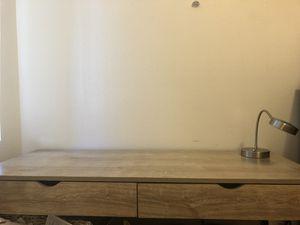 Desk+lamp+chair for Sale in Vista, CA