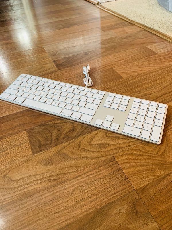 apple keyboard wired for sale in trevor wi offerup. Black Bedroom Furniture Sets. Home Design Ideas