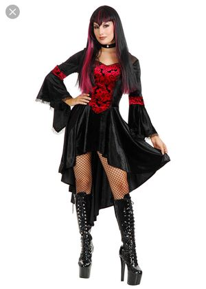 Empress Vampire Halloween Costume Size M for Sale in Louisville, CO
