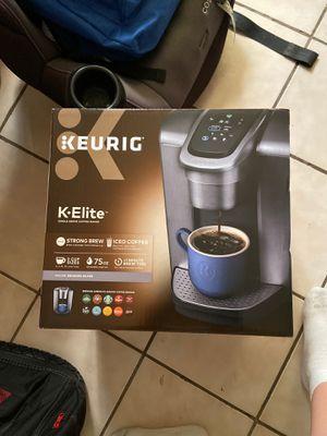 Keurig KElite Brushed Silver coffee maker for Sale in Los Angeles, CA
