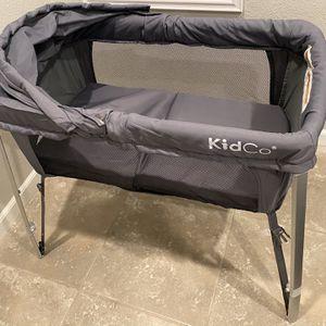 Primo Cocoon Folding Indoor & Outdoor Travel Bassinet With Bag Grey for Sale in Pleasanton, CA