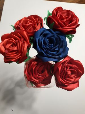 ribbon roses for Sale in St. Louis, MO