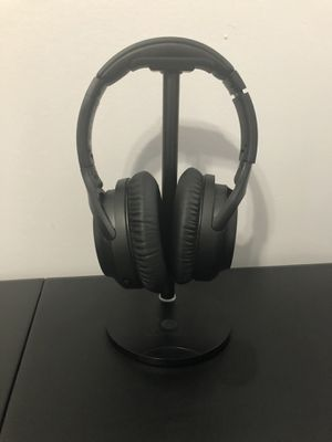 Headphone Stand with Wireless Charging Pad for Sale in Miami, FL