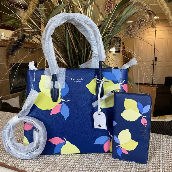 Kate Spade Authentic Purse And Wallet New $250