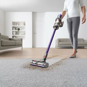 Dyson V11 Animal Bagless Stick Vacuum for Sale in Moreno Valley, CA