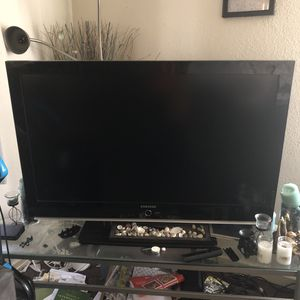 50 inch Samsung tv w/ remote $200 for Sale in Los Angeles, CA