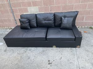 Sofa for Sale in Bell, CA