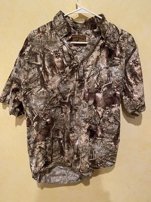 Nice deer camo shirt for Sale in Dallas, TX
