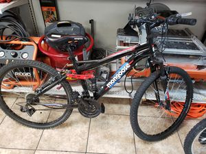 Reduced Mongoose Standoff Mountain Bike SH3005788 for Sale in Glendale, AZ