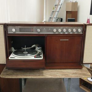 Vintage 1963 GE Record Player Console. Serviced. Works. Aux In For Bt Adapter Or Phone. for Sale in La Mesa, CA
