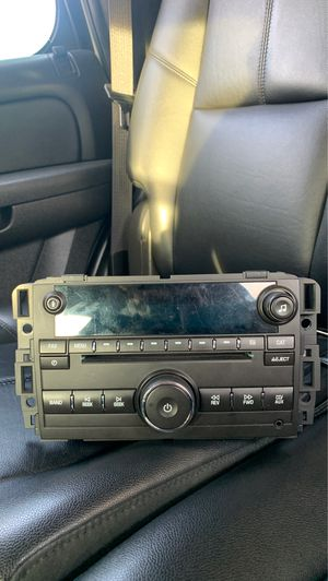 Tahoe 2013 stereo system for Sale in Los Angeles, CA