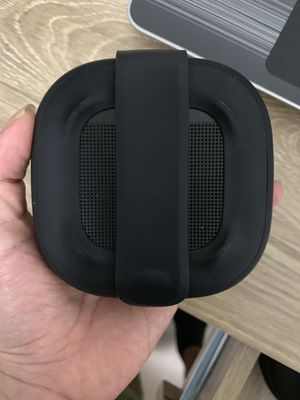 Bose Bluetooth speaker for Sale in Chicago, IL