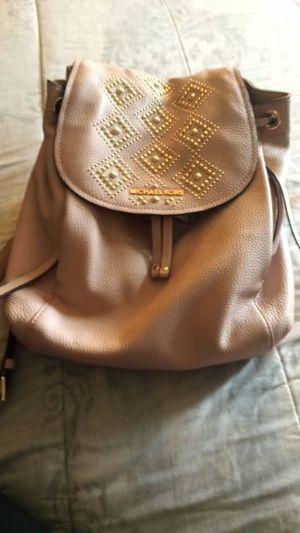 Michael kors backpack pink for Sale in Marietta, GA