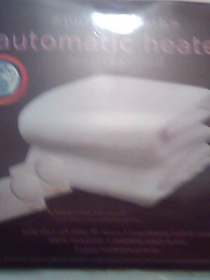 Brand new full size heated mattress cover by pure warmth mattress cover for Sale in Wheaton, IL