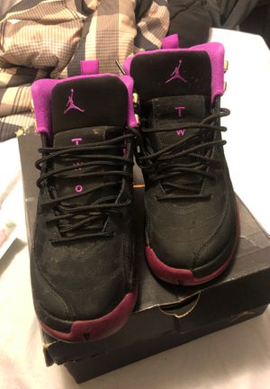 Jordan Size 7 for Sale in Berkeley, MO
