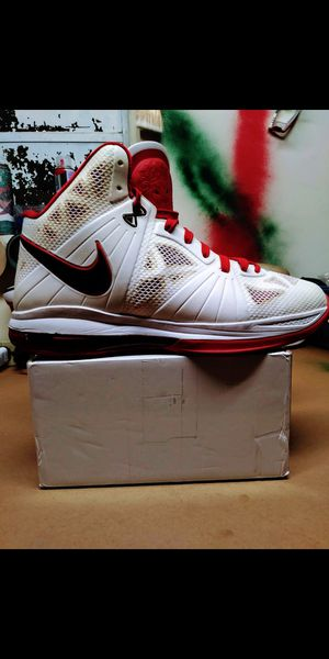Mr. LEBRON JAMES 'MR.828' personals [US12] (PRE-OWNED) for Sale in Fort Pierce, FL