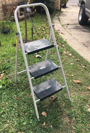 Escalera pequeña for Sale in Dallas, TX