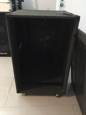 Dj equipment crate for Sale in Saint Petersburg, FL