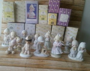 PRECIOUS MOMENTS FIGURINES LOT for Sale in Grove City, OH