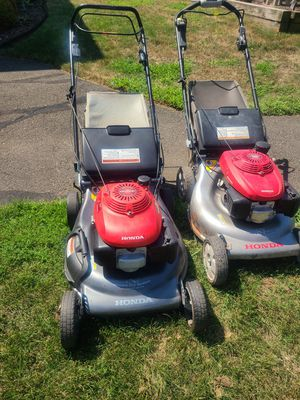 Honda lawnmowers for Sale in Chicopee, MA