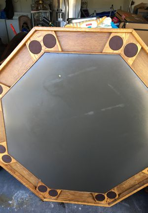 Octagon Poker Table for Sale in Poinciana, FL
