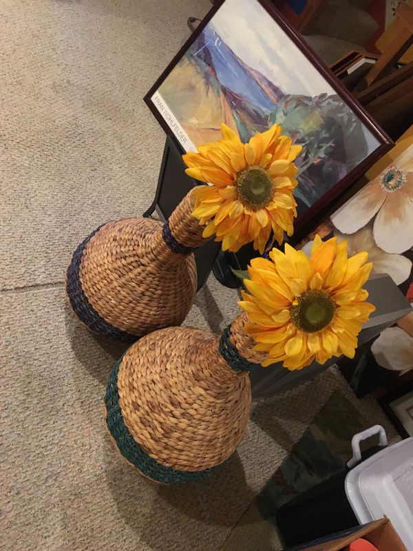 Sun flower basket