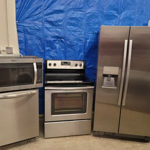 Stainless Steel Appliances Set Fridge Stove Dishwasher Microwave All Good Working Conditions For $899 for Sale in Wheat Ridge, CO