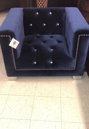Huge furniture market sale on display items up to 80% off in store only for Sale in Greensboro, NC