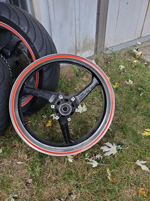Front wheel/rim 03-04 Honda CBR600rr for Sale in Wheaton, MD