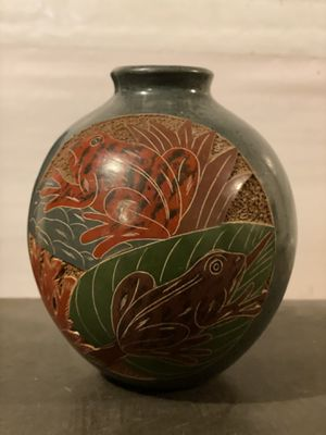 Costa Rican Vase, Frogs and Turtles for Sale in Portland, OR