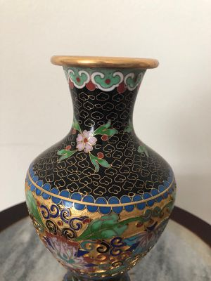 Cloisonné vase vintage for Sale in Winnetka, IL