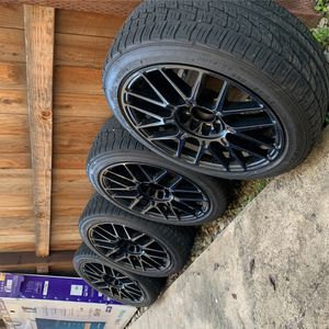 "17"" (5 Lug ) All Black VERSUS RIMS for Sale in Fresno, CA"