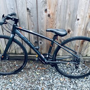 Two Fuji Absolute Bikes ($250 Each, $450 if Bought together) for Sale in Bellevue, WA