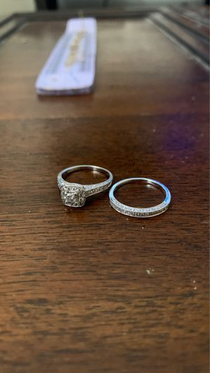 Matching engagement ring wedding band set for Sale in San Diego, CA