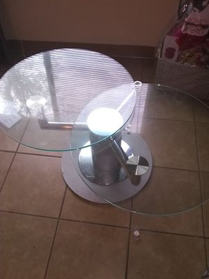 Swivel glass top table for Sale in Tampa, FL