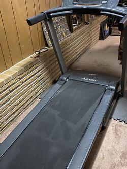 NordicTrack Treadmill for Sale in Tukwila,  WA