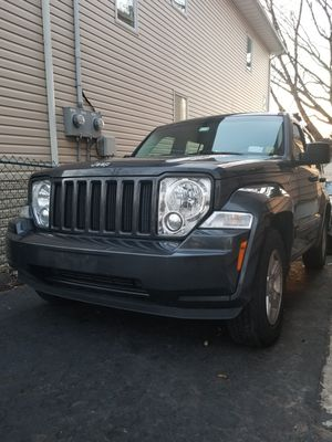 PARTS ONLY 2011 Jeep Liberty Sport excellent condition parts only for Sale in Clifton, NJ