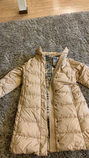 Burberry warm coat for Sale in Lynnwood, WA